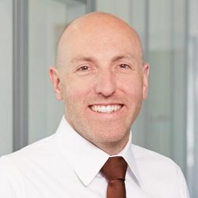 Dr. Sven Scheuble